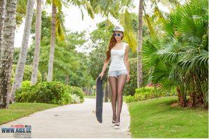 [AISS Ace] Sophie – Skateboard Girl