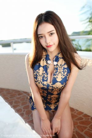 [MyGirl Meiyuan Hall] Vol.300 Goddess @唐琪儿ils outside shot charm cheongsam series