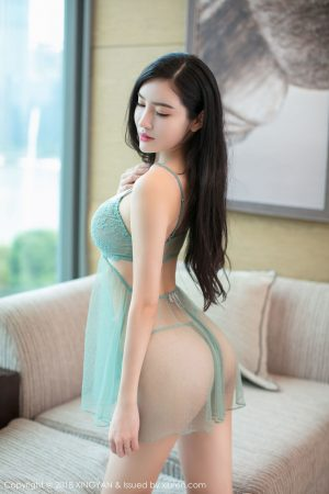 [XINGYAN星颜社] Vol.067 Beautiful girl @何晨曦 third set of photo