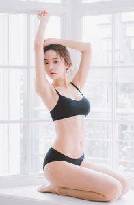 Park Soo Yeon – Black No-Wire Lingerie