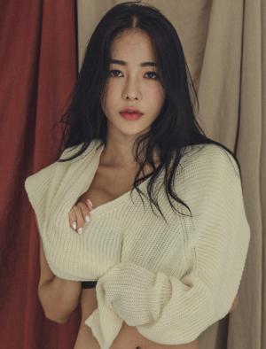 An Seo Rin – Lingerie Set – 17.08.2017