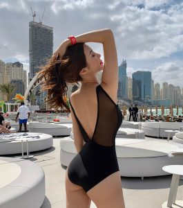 Kwon Byul – Black Monokini Swimsuit