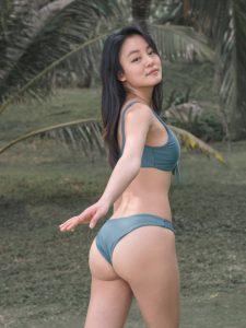 Choi Seok Yeong – Daisy Bikini Set