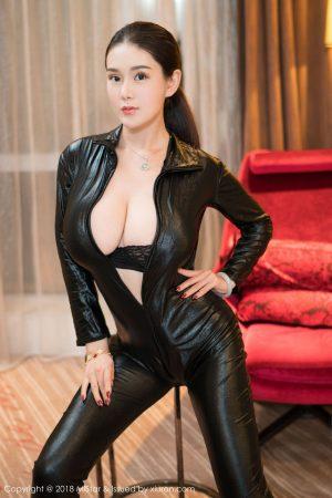 [MiStar 妖 妍 社] VOL.211 Busty Model @ 易 阳 Silvia-New Years Welfare ~