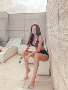 Park Jeong Yoon – Rizen Bikini