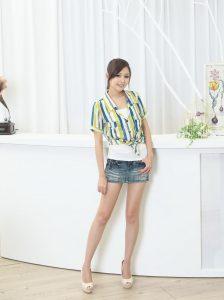 [BEAUTYLEGfan extra] Avy Xu Tianyu-sweet photo of mini denim mini skirt