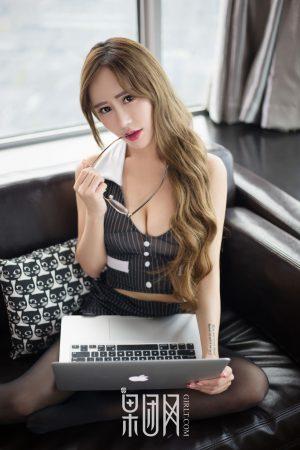 [Girlt 果 团 网] No.027 He Mengxi Stacy-Royal sister teacher uniform seduction