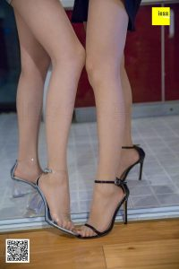 [IESS 奇思 趣向] _Devil Wednesday_ Special Issue 28 The Sister Chefs Story Beautiful Legs and Silk Feet Photo