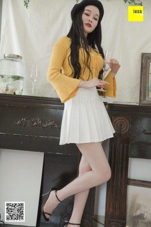 [IESS 异 思 趣向] Models Mengmeng _Mengmeng Fairy Girl White Short Skirt_ beautiful legs and beautiful feet photo