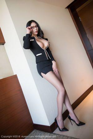 [XIUREN 秀 人] No.1179 Model @ 安可 儿 s first sexy OL photo