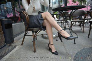 [IESS 异 思 趣向] Silk foot lunch 131 Teacher Zhao-Feeling bursting OL