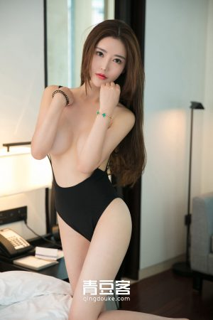 [QingDouKe 青豆 客] Yujie Tongmans suspenders cover the sexy bath photos