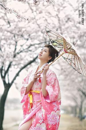 Ban Ji Hee –  2016.04