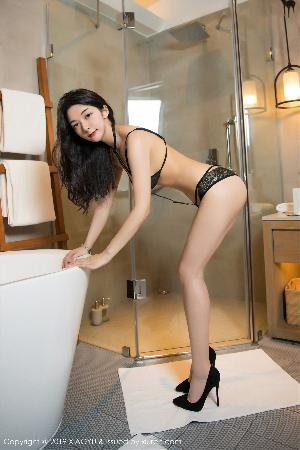 Angela likes cat The ultimate charm of sexy empty room [语画 界 xiaoyu] Vol.115 photo set